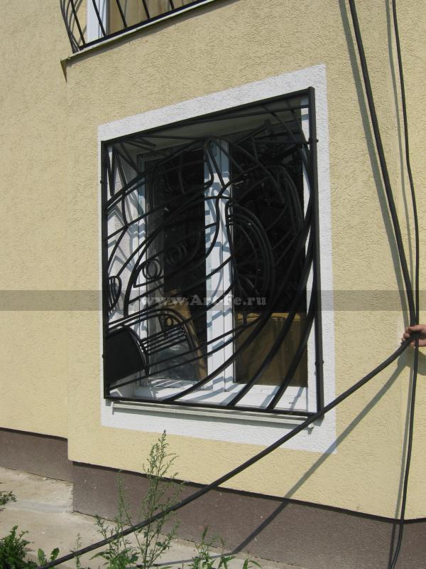 Решетка BMW на окно гаража