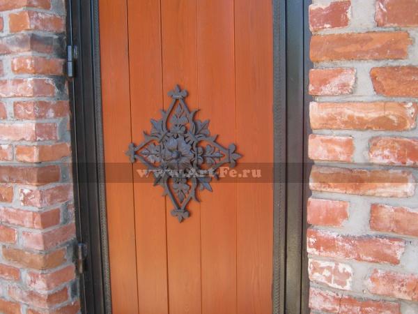 Кованое панно на дверь, художественная ковка