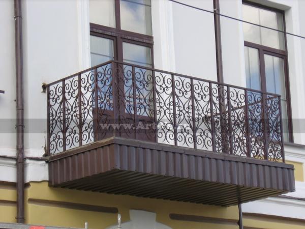 Кованый балкон, реставрация