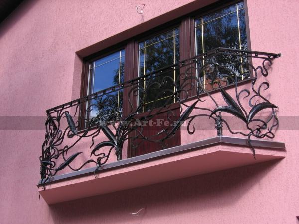 Кованый балкон, флористика