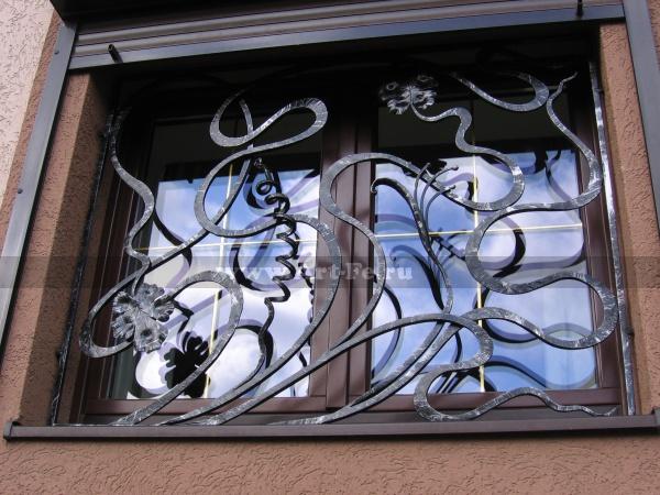 Кованая оконная решетка в стиле ФЛОРИСТИКА