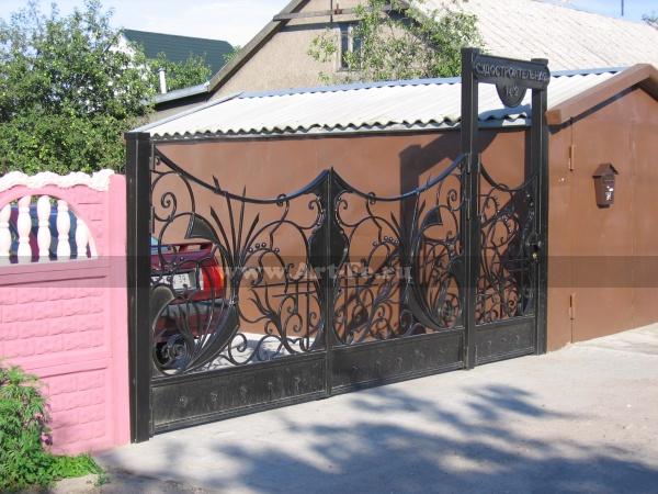 Ворота садовые, простые, кованые в стиле флористика