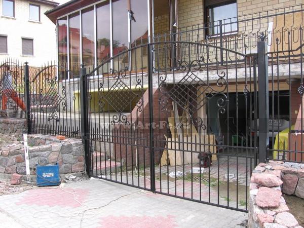 Кованые ворота. Фото ковки.