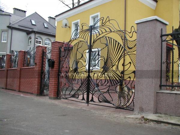 Распашные ворота в стиле МОДЕРН