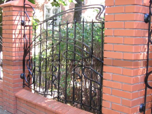 Кованый забор в стиле МОДЕРН