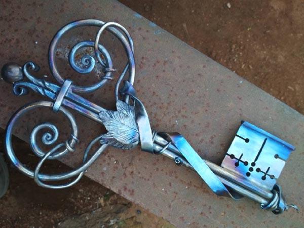 Кованый ключ , подарок на юбилей, символический ключ