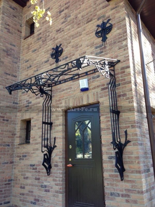 Кованые козырьки, кованые навесы, кованые веранды, сварные конструкции.